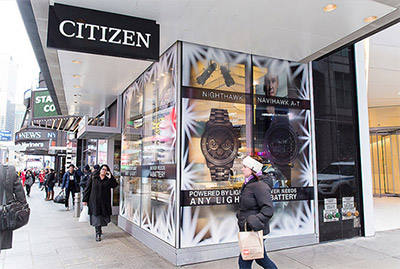 cling ultra clear transparent window windows store front print printer printing modern brands retail display storevisual merchandising installation visuals